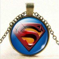 Superman medál  nyakláncon